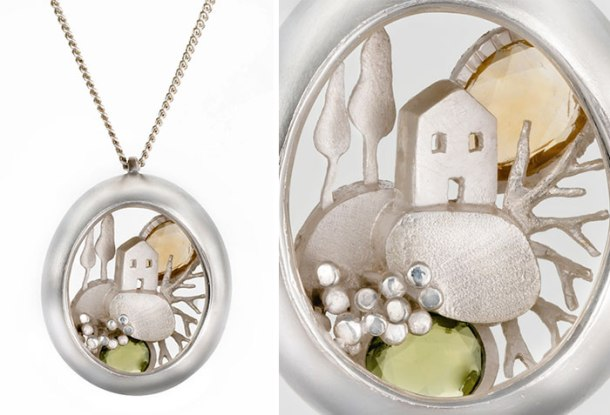 golden-capsule-pendants-with-magical-miniature-worlds-that-i-made-5853a20606225__700