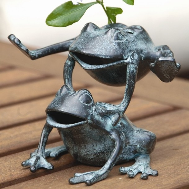 25-Cute-and-Funny-Animal-Garden-Statues-21-630x630
