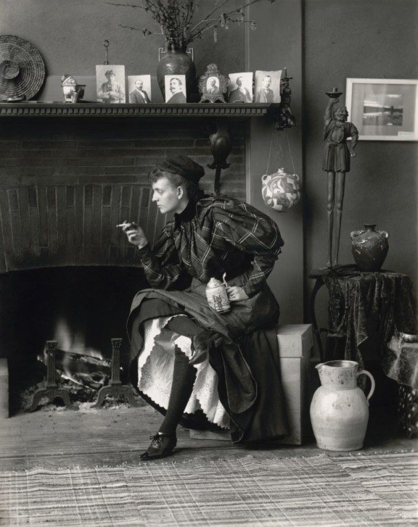 Frances-Benjamin-Johnston-New-Woman-1896